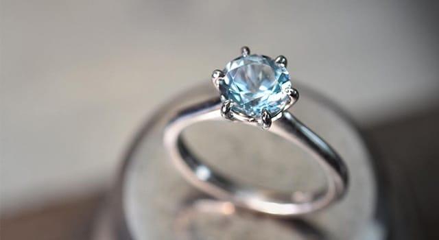Solitaire Aquamarine engagement ring